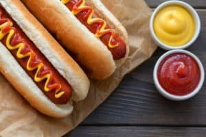 Barbecue Grilled Hot Dog aus dem Durchlauftoaster
